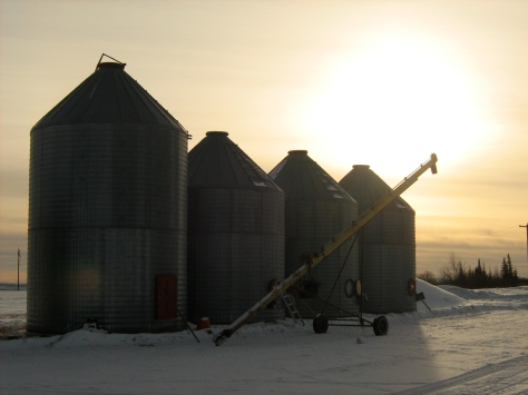 winter-grain-bins